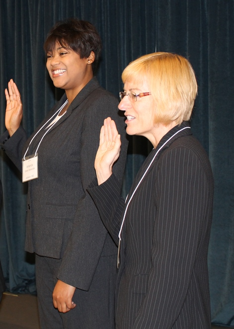 2013-2014 Vice Presidents Amanda Green Alexander (Jackson, MS) and Katherine Brown (Dover, NH) take the oath of office.